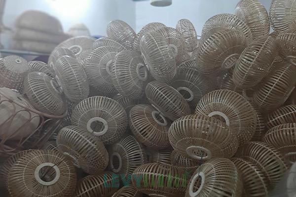 Cơ sở sản xuất mây tre đan cho cửa hàng và xuất khẩu ở Hà Nội - Lê Vy Bamboo